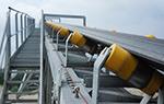 Ejemplo de uso de una cinta transportadora pesadora en otra cinta transportadora