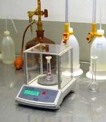 Uso de la balanza de laboratorio de la serie PCE-BS.