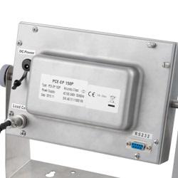Parte posterior de la pantalla de la balanza de plataforma serie PCE-EP P