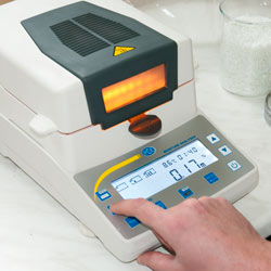 Teclado de la termobalanza serie PCE-MA con una disposición intuitiva