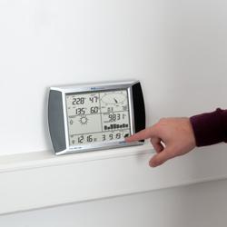 Anemómetro de veleta con pantalla táctil