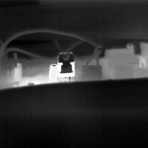 La cámara térmica PCE-TC 34 permite visualizar la misma imágen en escala gris