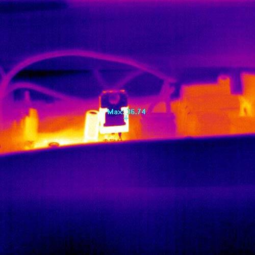 También puede visualizar las imágenes en la paleta de color Iron con la cámara térmica PCE-TC 34