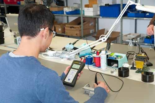 Uso práctico del conductímetro PCE-COM 20.