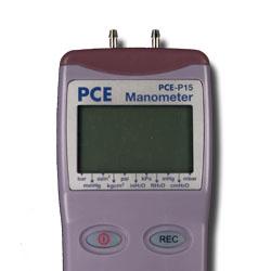 Manometro PCE-P15 para una presión máxima de 30 psi