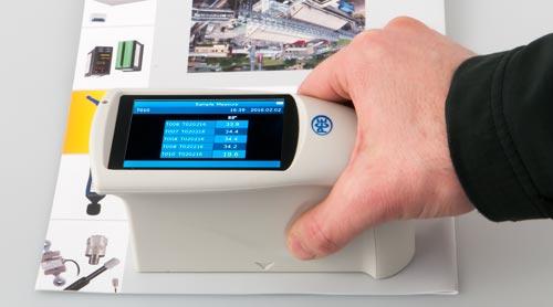 Uso práctico del medidor de brillo PCE-PGM 60