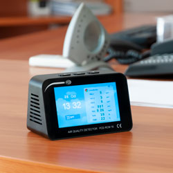 Uso del medidor de calidad de aire PCE-RCM 16
