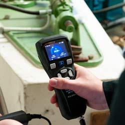 Medición del punto de rocío con e medidor del punto de rocío a presión PCE-DPM 3