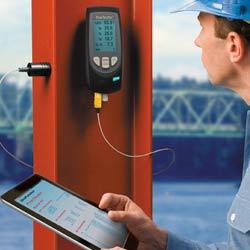 Medidor del punto de rocío PT-DPM con sensor temperatura superficial desplazado