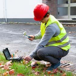 Preparando la medición con el medidor de tierra PCE-ET 5000