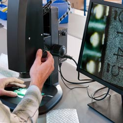 Ajustando el microscopio Full HD