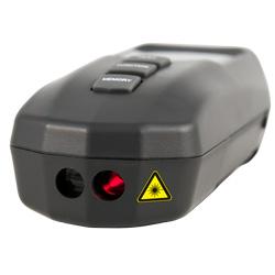 La medición óptica del tacómetro se realiza a través de un láser.