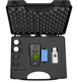 Aquí ver el turbidímetro PCE-TUM 20 en su maletín con accesorios