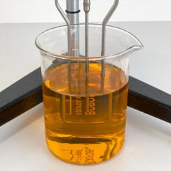 Medición de una muestra con el viscosímetro rotacional PCE-RVI 2